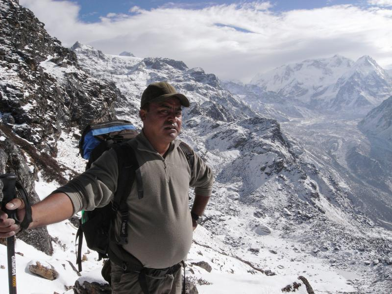 Greater Himalaya and the Guide