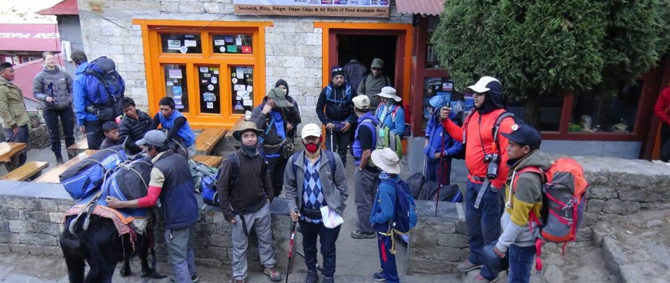 Everest and Gokyo Lake Adventure in Single Package